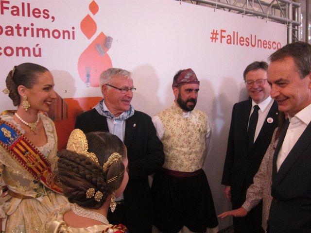 Rodríguez Zapatero junto a Puig, Fuset, Ribó y las Falleras Mayores 2017