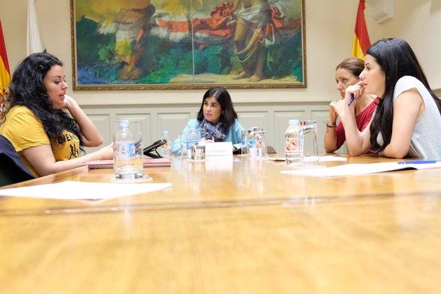 Reunión en el Parlamento