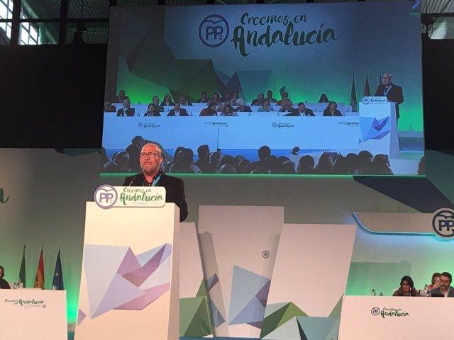 El presidente de CSIF-A, José Luis Heredia, en el Congreso del PP-A
