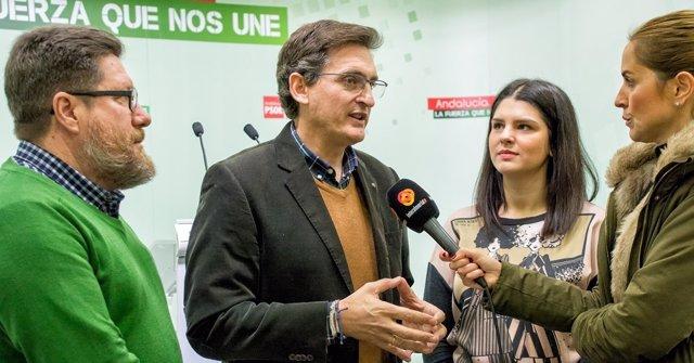 El secretario general del PSOE de Almería, José Luis Sánchez Teruel
