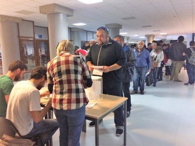 Votaciones en la asamblea de Anova