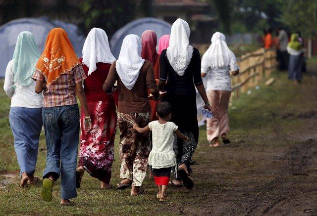 Mujeres Rohingya