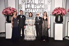 Pierre Casiraghi y Beatrice Borromeo reaparecen en un Baile de la Rosa marcado por sus ausencias