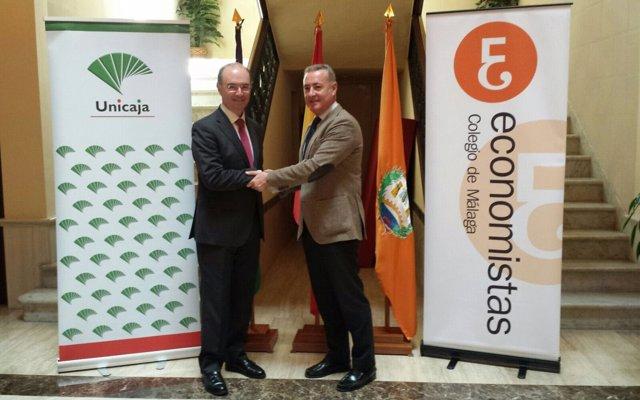Firma de la renovación del acuerdo entre Unicaja y Colegio de Economistas