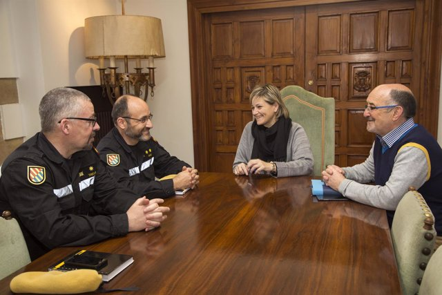 Bolado se reúne con representantes de la UME