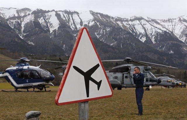 Equipo de salvamento, accidente avión de Germanwings en los Alpes Franceses