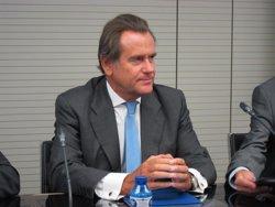 El Puerto de Barcelona advierte que habrá que esperar a los buques de Salvamento Marítimo para reforzar el rescate