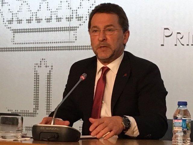 Consejero de Educación de Asturias, Genaro Alonso