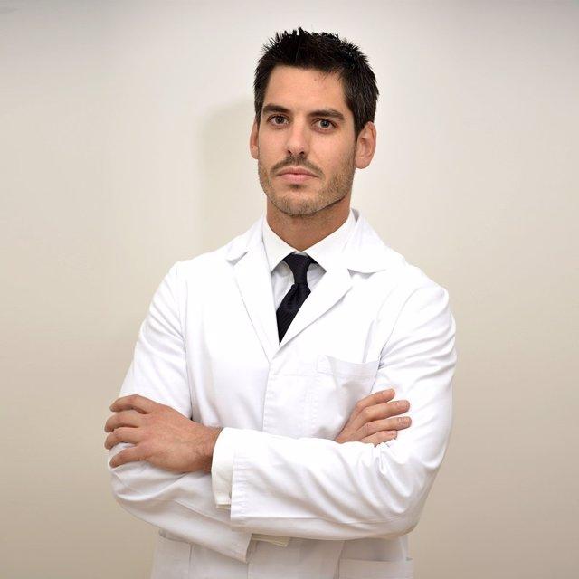 Dr. Carlos Rubi, cirujano plástico, estético y reconstructivo