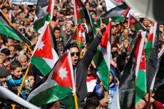 Jordània senta precedent en endurir les penes contra dos condemnats per un crim d'honor ( MUHAMMAD HAMED / REUTERS)