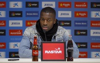 """Diop: """"Hi ha molta competència en la meva posició, però hem d'adaptar-nos"""" (RCD ESPANYOL)"""