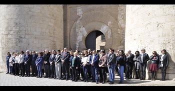 Las Cortes homenajean a las víctimas del ataque terrorista de Londres con...