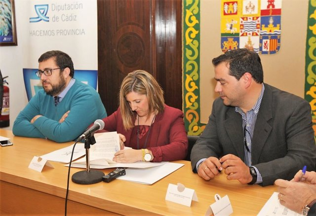 Diputación de Cádiz y 47 ayuntamientos acuerdan su programación cultural