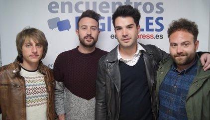 El vocalista de Supersubmarina se recupera en una clínica de Madrid de las lesiones por el accidente de tráfico