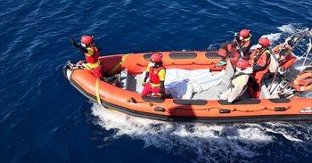 Un doble naufragio hace temer más de 200 muertos frente a las costas de...