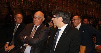 Puigdemont agradece la restauración de la 'Piedad Desplà' fruto de una...