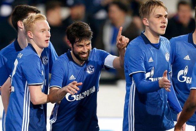 Jorge Andújar, Coke, en un partido con el Schalke