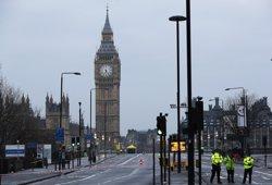 La Policia confirma 50 ferits i nou detinguts per l'atac a Westminster ( DARREN STAPLES / REUTERS)