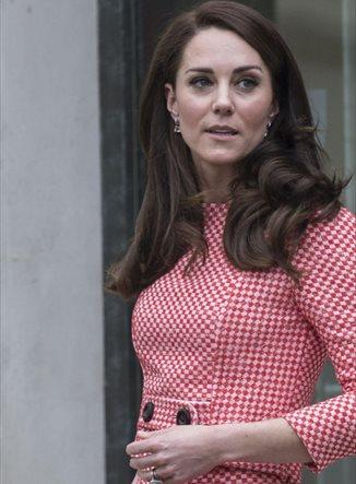 Kate Middleton se adelanta a la Reina Letizia y ya luce el estampado de la temporada