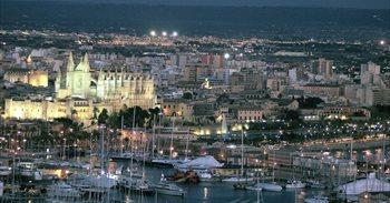 La 'Hora del Planeta' apagará las luces más emblemáticas de Baleares