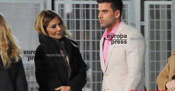 Ivonne Reyes celebra con Sergio Ayala su victoria judicial frente a Pepe...