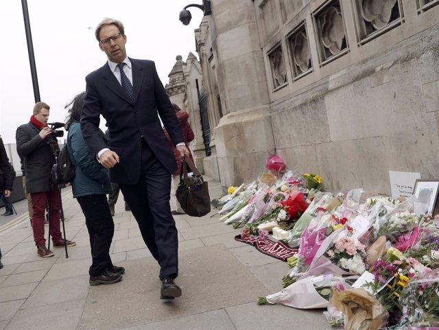Tobias Ellwood Vuelve Al Parlamento Británico