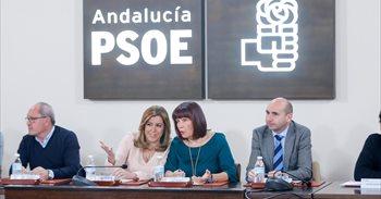 Apoyo unánime de la plana mayor del PSOE-A a Susana Díaz en su decisión...
