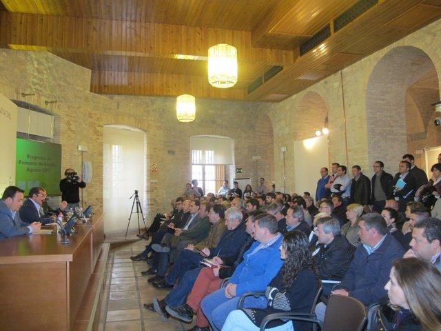 Imagen de la reunión sobre el PFEA
