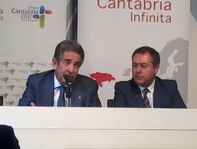 Miguel Ángel Revilla, en rueda de prensa junto al alcalde de Sevilla