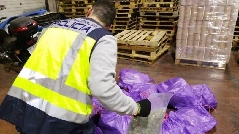 Dos detenidos por exportar 130 kilos de marihuana en envíos postales a Roma