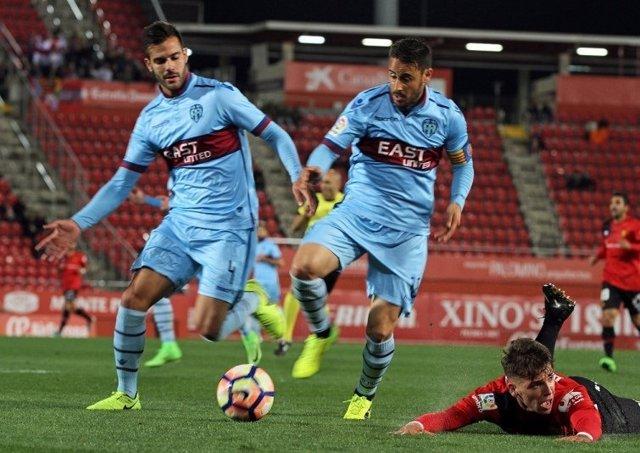 El Levante sigue líder pese a empatar con el RCD Mallorca