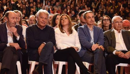 Una delegación de socialistas cántabros asiste a la presentación de la candidatura de Susana Díaz