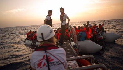 Rescatados casi 1.200 inmigrantes en aguas del Mediterráneo