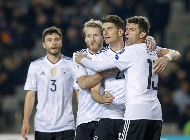 Alemania imbatida tras ganar a Azerbaiyán