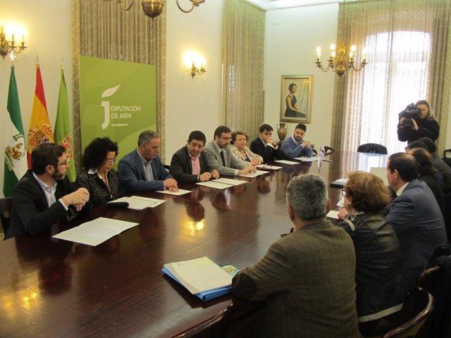 Firma de constitución de la Fundación Miguel Hernández