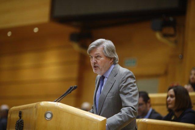 Méndez de Vigo interviene ante la Comisión General de las Comunidades Autónomas
