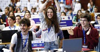 Alumnos de toda España compiten por convertirse en los mejores...