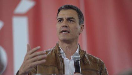 """Sánchez pide a Susana Díaz que ahora que es candidata explique la abstención a Rajoy y por qué le """"derrocaron"""""""