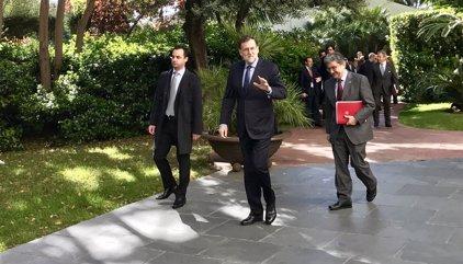 """Mariano Rajoy pide ayuda a los empresarios para """"ganar la batalla"""" a los independentistas"""