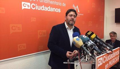 Cs y PSOE de Murcia proponen que el debate de la moción de censura sea el 5 y 6 de abril