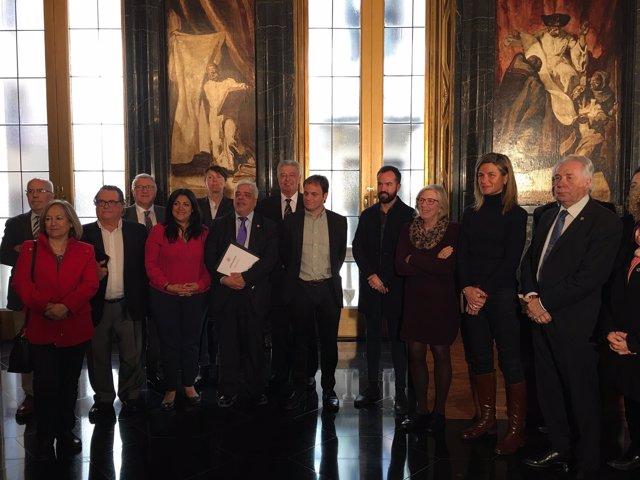 O.Ruscas y J.Asens firman un convenio para colaborar con BCN Ciutat Refugi