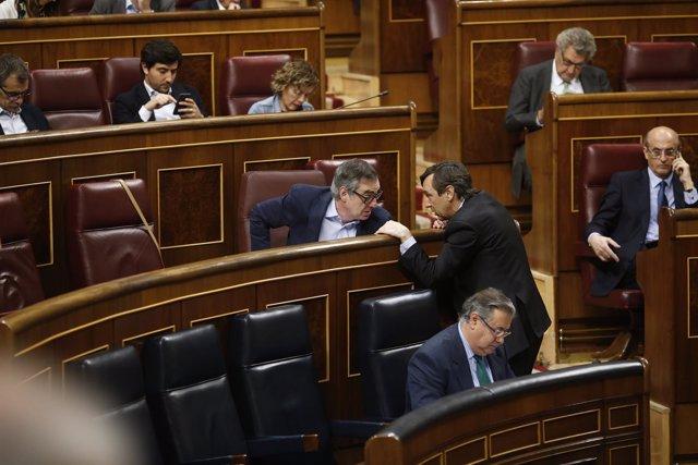 Rafael Hernando y José Manuel Villegas - Pleno en el Congreso