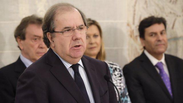 Juan Vicente Herrera interviene tras la toma de posesión de nuevos consejeros