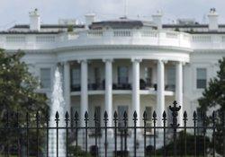Detingut un sospitós per una possible amenaça al costat de la Casa Blanca (GARY CAMERON / REUTERS)