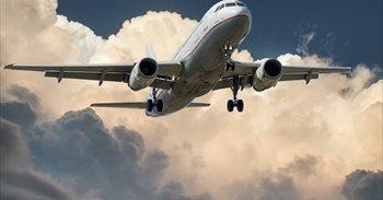 """La IATA ve """"ineficaz"""" la decisión de prohibir grandes aparatos..."""