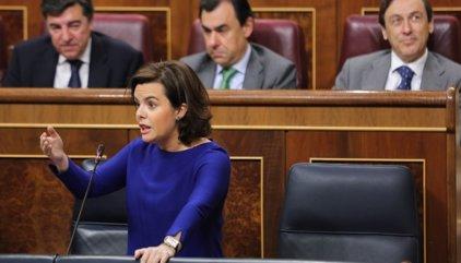 """Santamaría acusa a Podemos de hacer """"pseudoparlamentarismo"""" y de cuestionar todo lo que no controla"""