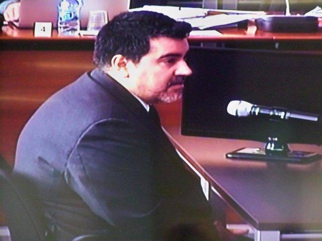 David Regalado, un contable del Palau