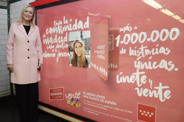 Cristina Cifuentes en Metro de Madrid