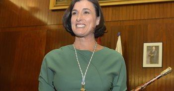 La alcaldesa de Santander niega haber mentido sobre su formación