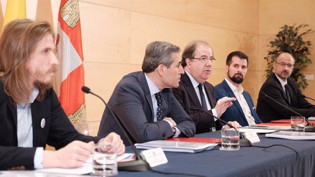 Valladolid. Herrera tras la firma del pacto